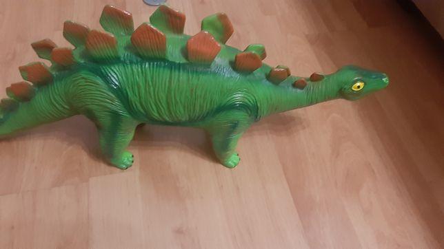 Динозавр великий