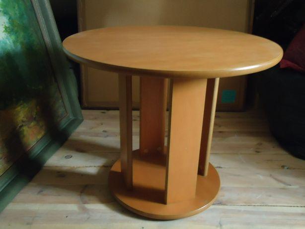 Stół okrągły z drewna olchowego