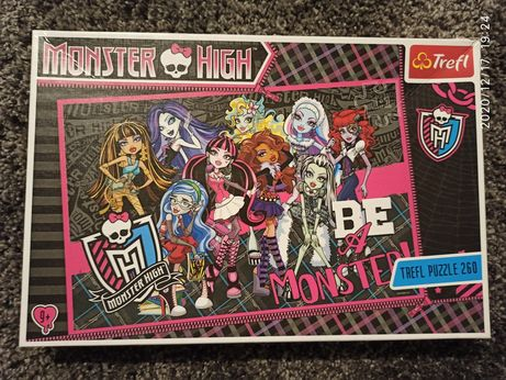 Monster High puzzle 9+ stan bdb
