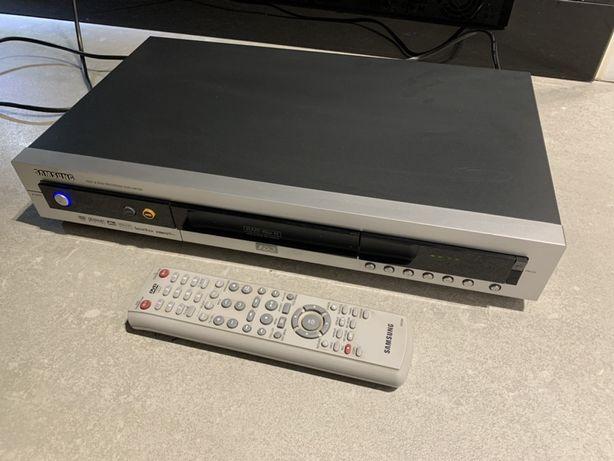 Odtwarzacz/Nagrywarka DVD z wbudowanym dyskiem
