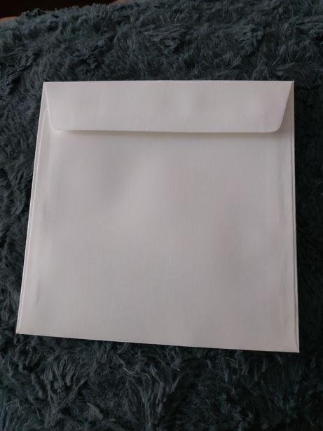 Koperty białe kwadratowe