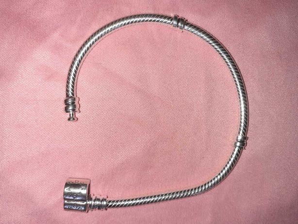 Bransoletka Pandora Moments roz. 15 cm