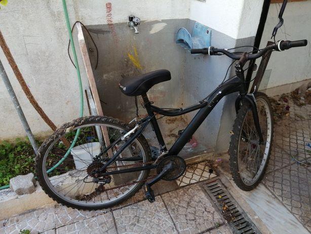 Bicicleta todo o terreno