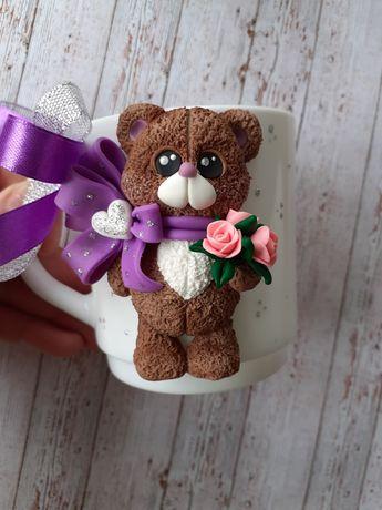 Чашка с декором ручной работы