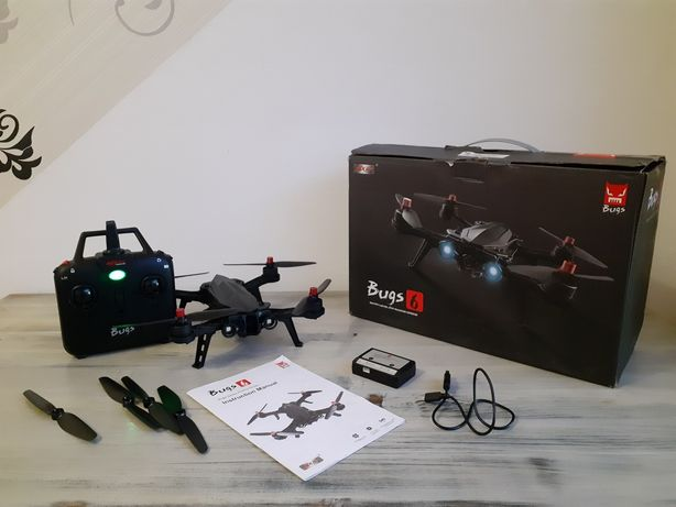 Квадрокоптер / дрон MJX Bugs 6