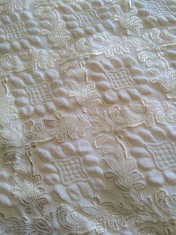 Colcha em algodão e seda, fabrico português, 2,40m×2 m