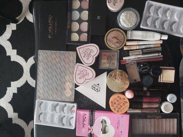Kosmetyki używane  Inglot, Golden Rose, MUR, Wibo, Stila, Eveline