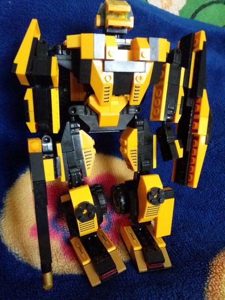 Lego робот-машинка трансформер