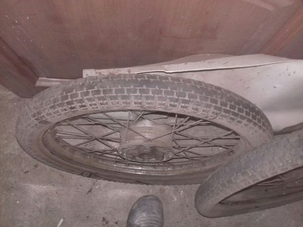 Колеса с дырчика