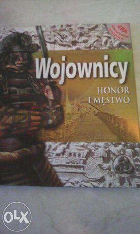 """Książka """"Wojownicy"""" + gra komputerowa nowa"""