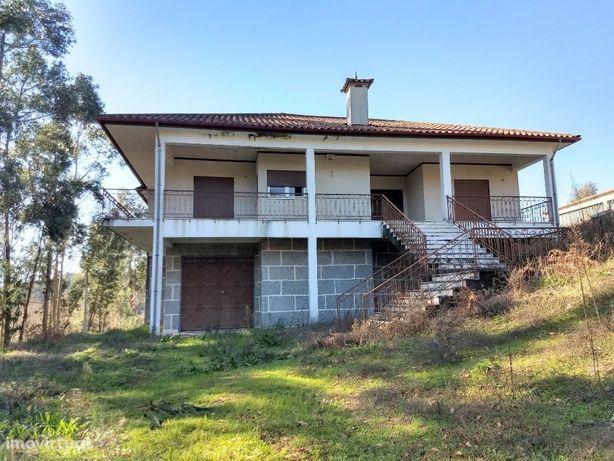 Moradia T4 Venda em Fonte Arcada e Oliveira,Póvoa de Lanhoso