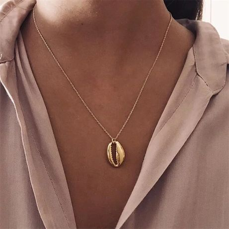 Łańcuszek z muszelka w kolorze złotym i srebrnym