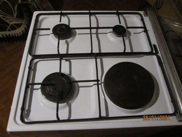 газовая плита комбинированая.
