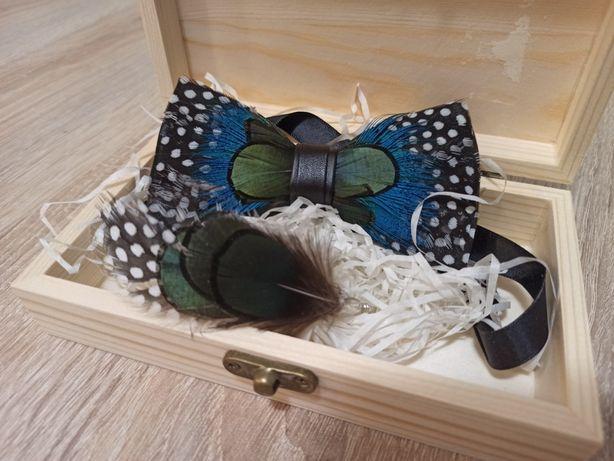 Luksusowa muszka + broszka ręcznie wykonana naturalne pióra handmade