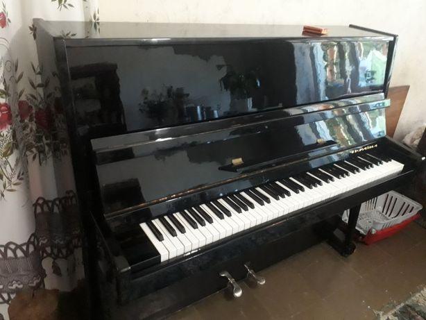 """Продам Пианино """"Украина"""""""
