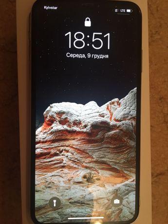 Продам iphone xs max 64gb silver (официальный)