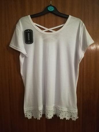 Blusa, t-shirt nova