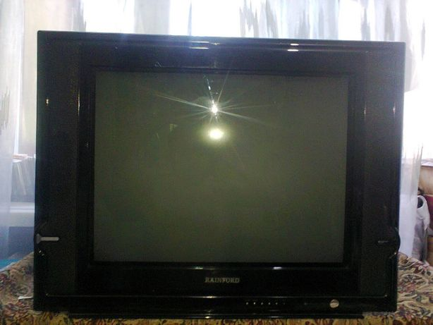 Продам телевизор RAINFORD.