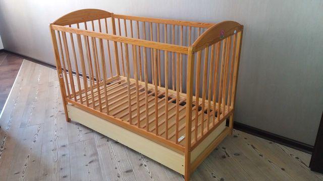 Кровать (кроватка) детская