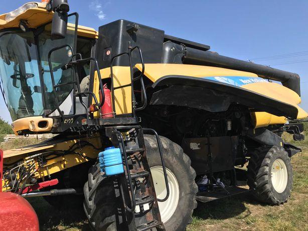 комбайн зерновий New Holland CX860