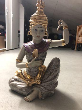 Buda em porcelana + casal de mamorados