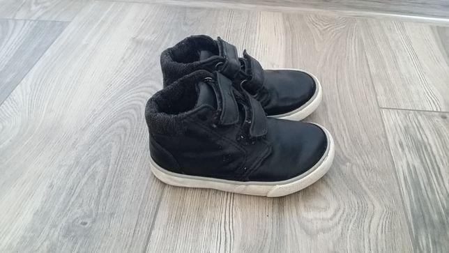 Buty chłopięce firmy F&F