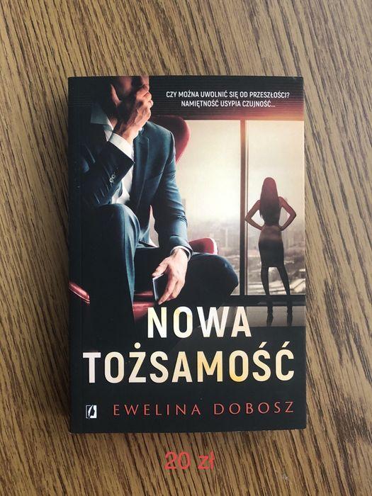 Nowa książka Ewelina Dobosz Nowa Tożsamość Warszawa - image 1