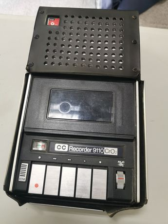 Gravador cassete portátil com bolsa