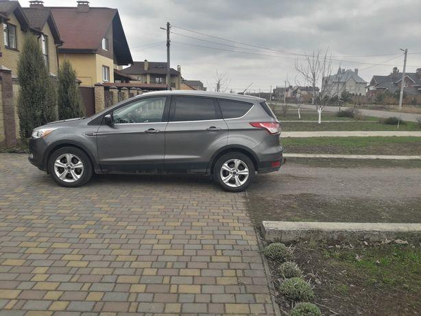 Автомобиль Ford Escape SE 2014 EcoBoost 1.6