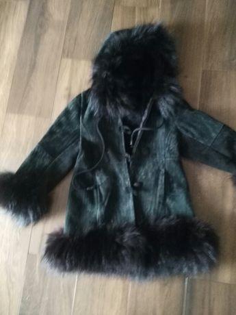 116 płaszczyk czarny futerko kurtka