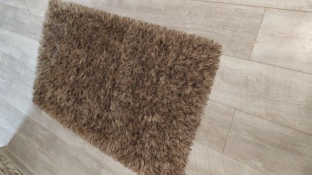 Dywan 60x120 z długim włosem beżowo brązowy