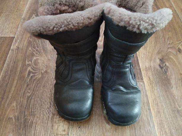 Зимние ботинки натуральная кожа.