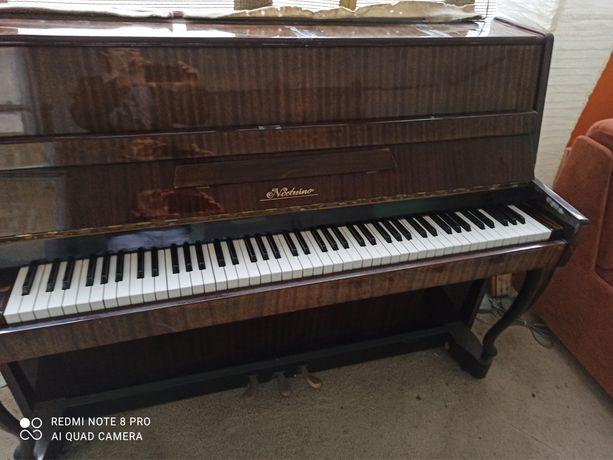 Pianino na sprzedaż