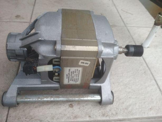 Двигатель от стиральной машины Bosch