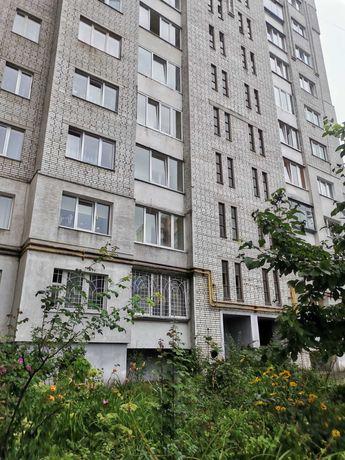 Продаж 1кімн.вул. Варшавська 4/9ц, 42/22/9, балкон,ремонт.