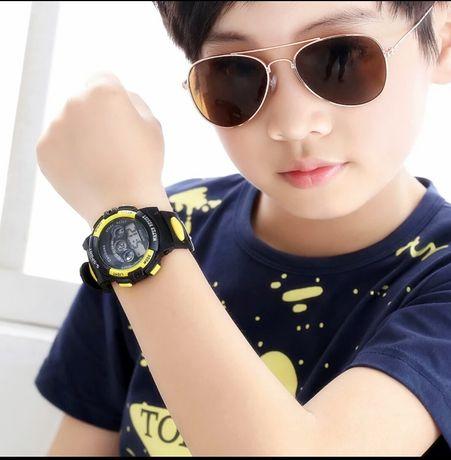 Спортивные детские наручные часы для мальчиков водонепроницаеме
