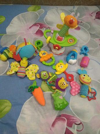 Погремушки подвески игрушка на присоске