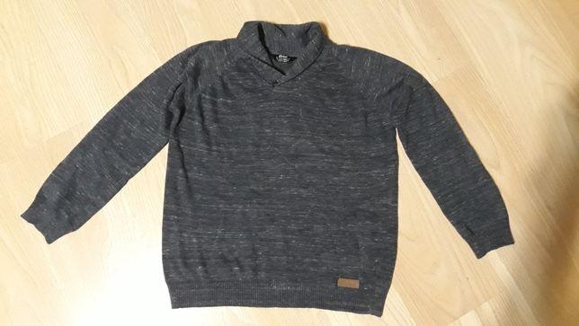 Sprzedam sweter elegancki 158