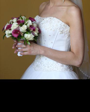 Biała suknia ślubna rozmiar 34-36, welon