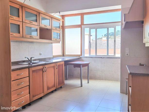 Apartamento T3, Castanheira do Ribatejo