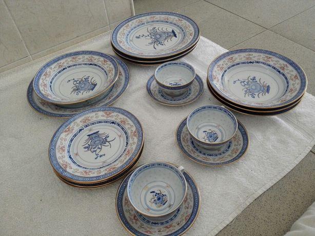 Peça de louça - porcelana chinesa