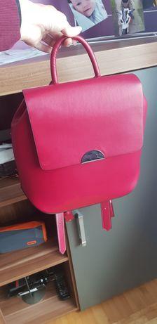 Torebka czerwony  plecak Zara super stan