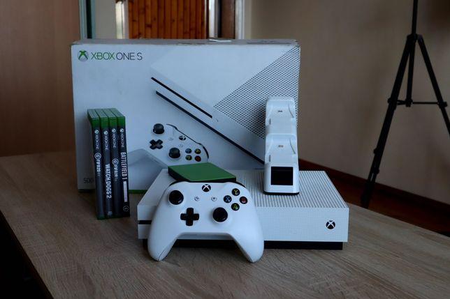 XBOX ONE S 500GB + Gry + Dysk Seagate 2TB + Stacja Ładująca + 1 Pad