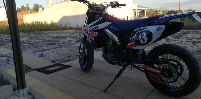Vendo ou troco CRF 450X. 2008
