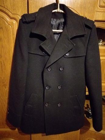 Sprzedam płaszcz młodzieżowy