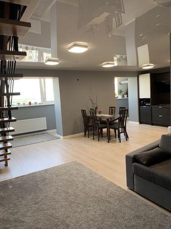 Продам двухуровневую квартиру