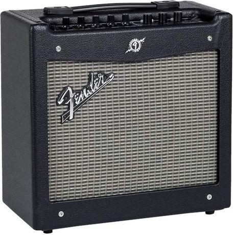 Wzmacniacz Fender Mustang V2