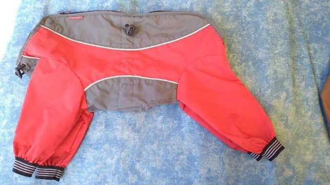Попона дождевик куртка для собаки красная Илеальная