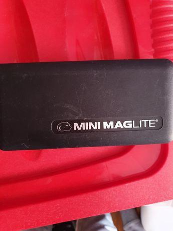 Latarka mini maglite
