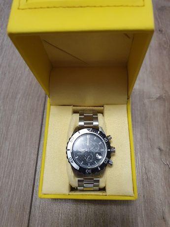 Часы Invicta Men's 12860 Pro Diver Chronograph Black Carbon Fiber